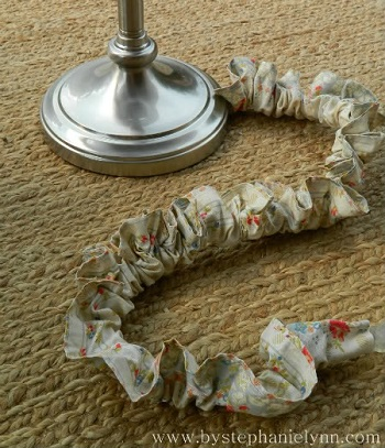 Ruffled cloth cord cover