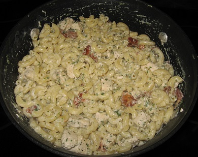 Chicken Bacon Ranch Mac and Cheese ingredients mixed together
