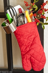 oven mitt gift wrapping