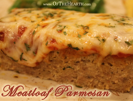 Meatloaf Parmesan recipe | Give meatloaf an Italian flair! Meatloaf Parmesan, a flavorful meatloaf topped with marinara sauce and mozzarella cheese, will become a family favorite.