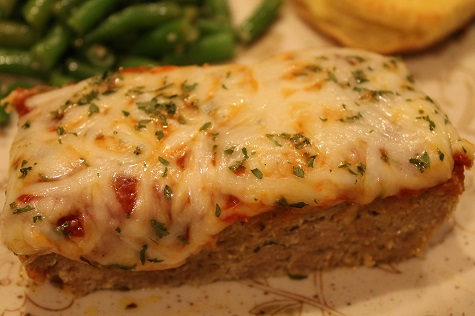 Meatloaf Parmesan | Give meatloaf an Italian flair! Meatloaf Parmesan, a flavorful meatloaf topped with marinara sauce and mozzarella cheese, will become a family favorite.