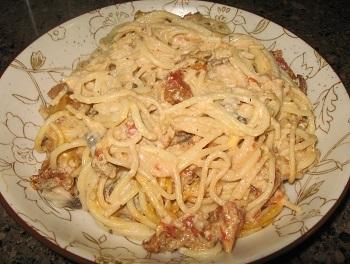 Creamy Turkey Mushroom Spaghetti - Winter 2015 Menu