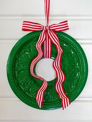 Ceiling Medallion Wreath - HGTV