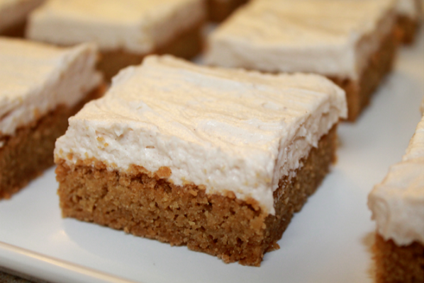 Brown Sugar Cookie Bar with Maple Cinnamon Frosting